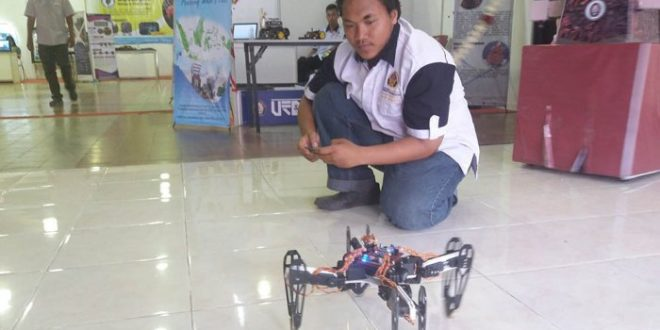 KUADROMEDA, Robot Berkaki Empat Buatan Mahasiswa Teknik Elektro Undip