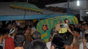 Pemakaman kepala Ombusdman Perwakilan jateng (Triunjateng.com)