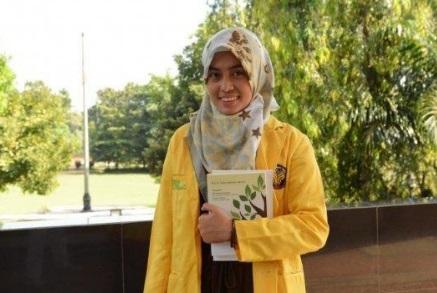 Siti Rizqiyah Putri Dwi Ani : Anggota Dewan Termuda di DPRD Rembang