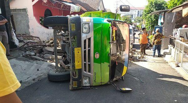 Mustain Tewas Tergencet Truk Muatan Batu, Tak Kuat Menanjak di Jl Teuku Umar Semarang